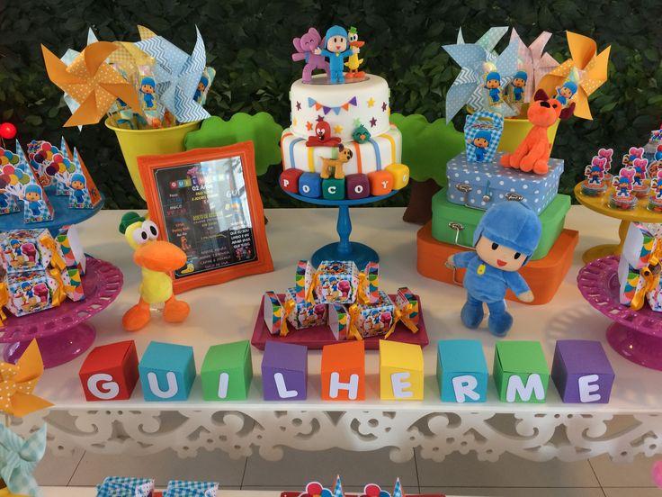 A festa do Pocoyo foi para comemoração dos 3aninhos do Gustavo. Não apenas no Brasil como em diversos países o desenho Pocoyo é famoso, sendo uma ótima opçãode festa de aniversário para crianças até cinco anos. A turma é formada por diversos personagens, como o personagem principal com roupa azul e seus amigos Pato, a …