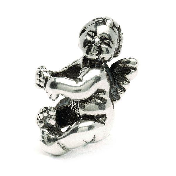 Kouzelný andílek! Dle tradice andělé pomáhají u nebeského trůnu a na zemi figurují jako ochránci. Náš anděl je baculaté miminko s křidélky.