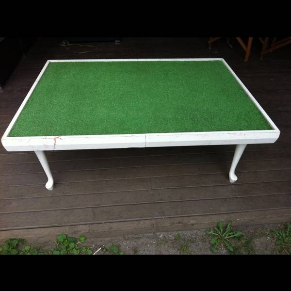 Kids play table with synthetic grass on top for trains, doll house etc