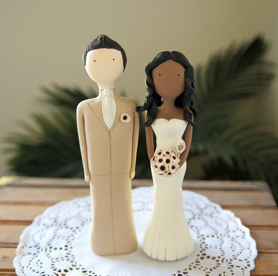 Cake topper - this would look cute on my daughters' cake!