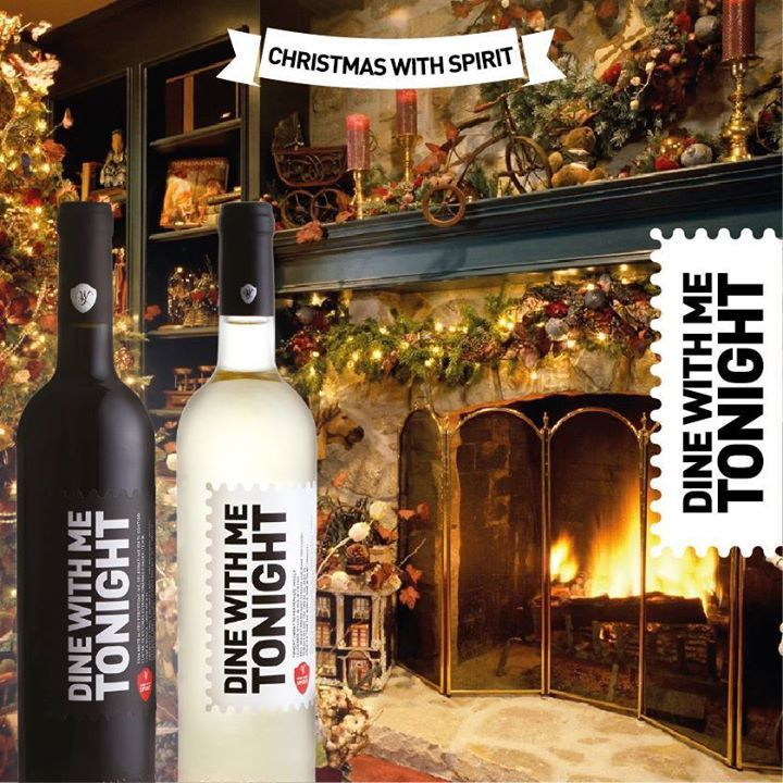 Está exactamente com quem queria estar este Natal.  *** You are with the one person you truly wanted to be with this christmas.  Our Wine, Your Spirit www.store.winewithspirit.net #WineWithSpirit #DineWithMeTonight #vinho #portugal