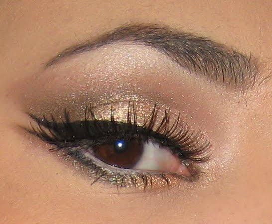 eye makeup, subtle, double winged eyeliner, shimmer, brown eyes