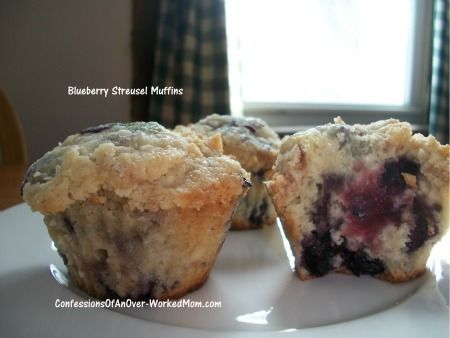 Blueberry Streusel Muffin recipe - ChefTap can import all of the recipes on a pinboard automatically!    https://market.android.com/details?id=com.mindframedesign.cheftap.beta