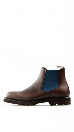 Brown mat leather Chelsea boots