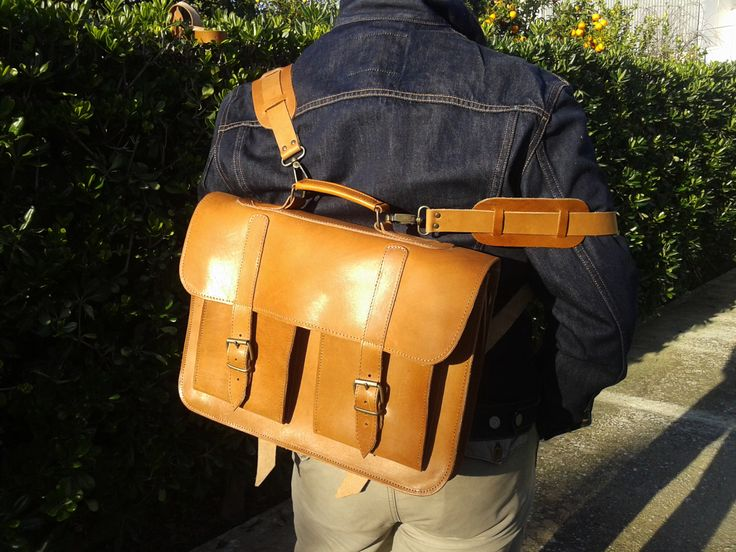https://www.etsy.com/shop/MagusLeather