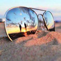 Beach photo idea.