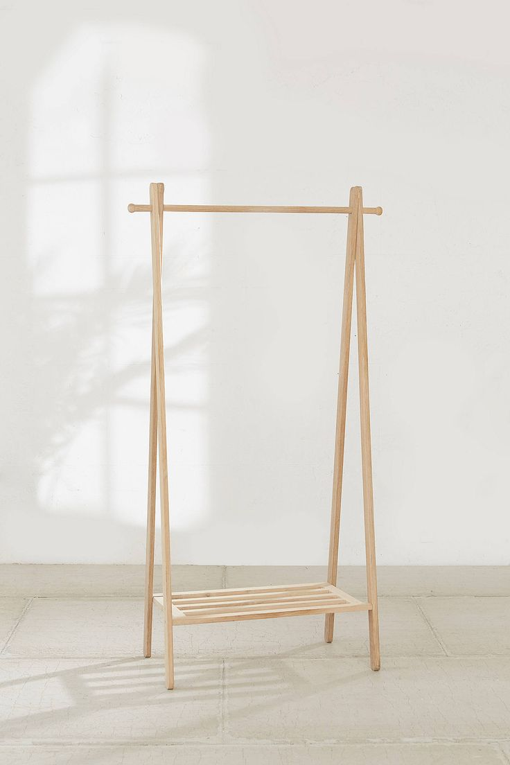 best 25 wooden clothes rack ideas on pinterest diy. Black Bedroom Furniture Sets. Home Design Ideas