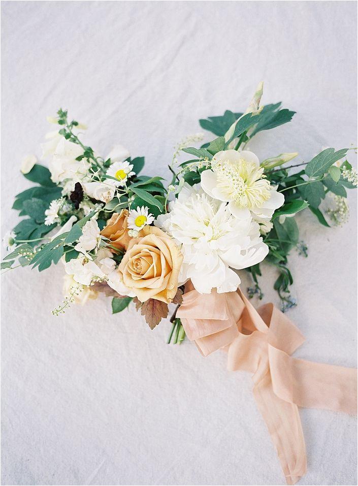 peach-bridal-bouquet-8