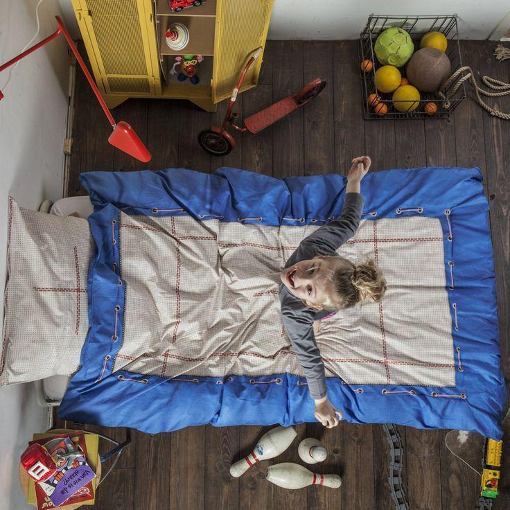 Sjovt og lækkert sengesæt fra Hollandske Snurk som forstiller en trampolin.