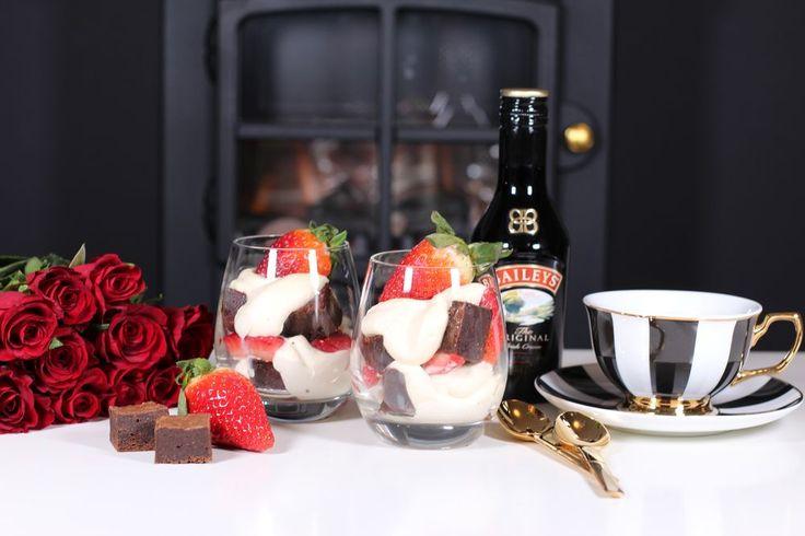 Kladdkakedessert med kaffe, Baileys & jordgubbar - CakeByMary.blogg.se