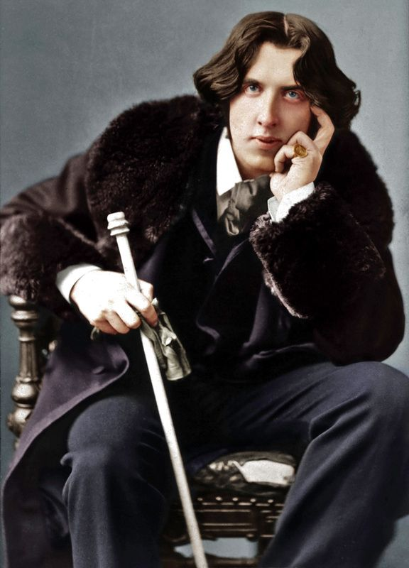 Oscar Fingal O'Flahertie Wills Wilde,  (16th October 1854 - 30th November 1900) Member Apollo Lodge No. 357, UGLE.
