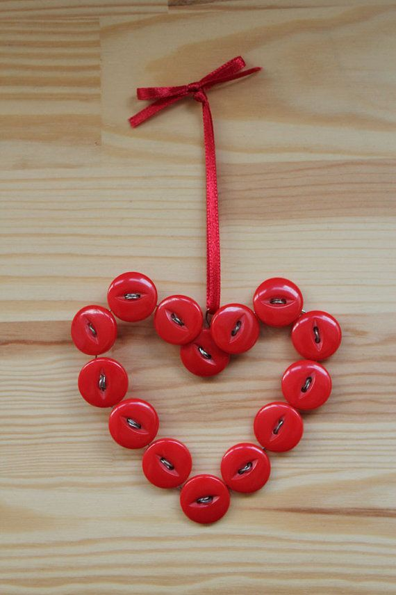 Button decoration = dreamy! :)