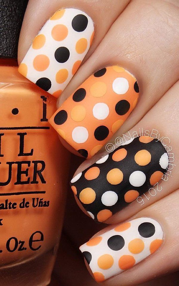 You can even do more fun and interesting designs like in this orange,brown and peach combinations of cute polka dots.