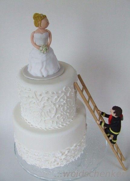 Tortenfiguren Brautpaar Feuerwehr Bräutigam auf der Leiter