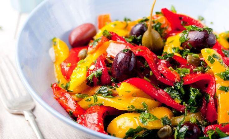 Peperoni arrosto ai capperi e olive taggiasche