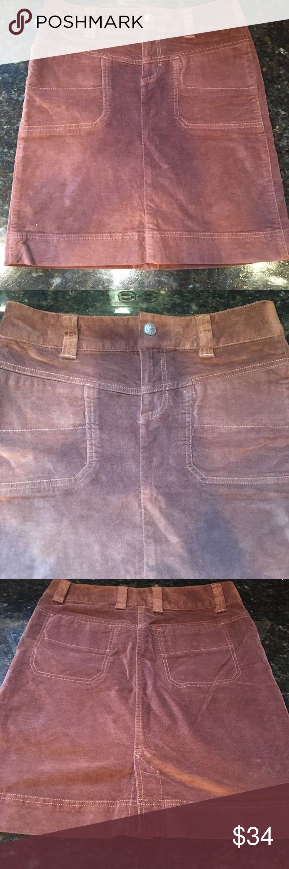 "ATHLETA Chocolate Brown Cotton Stretch Skirt 31"" waist 36"" hips 18"" Long  98% cotton, 2% spandex Athleta Skirts Mini"
