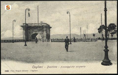Cagliari, la terrazza del Bastione
