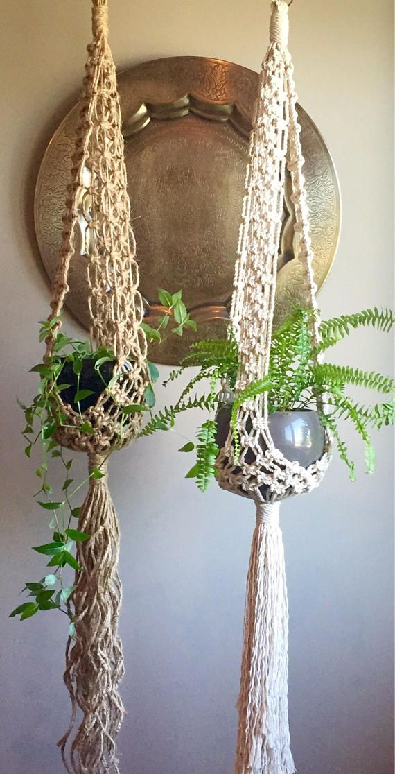 699 best macrame images on pinterest macrame knots macrame wall hangings and plant hangers. Black Bedroom Furniture Sets. Home Design Ideas