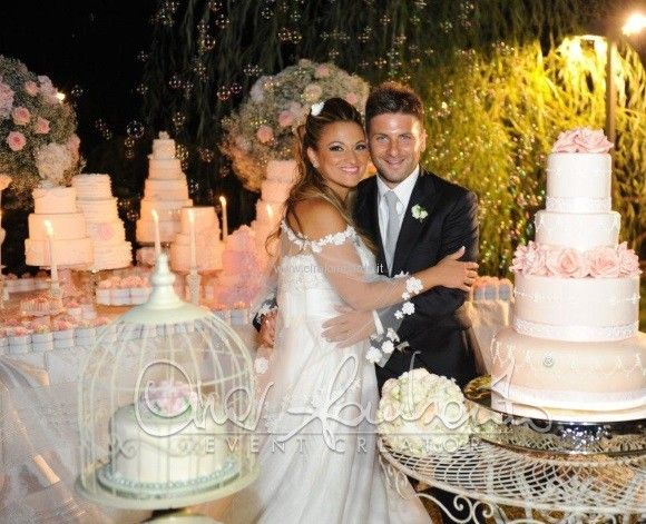 Matrimonio Country Chic Cira Lombardo : Sweet table romantico dai toni shabby chic e dal sapore