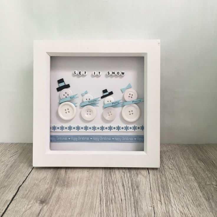 Handmade personalised snowman family button art // by Buttonbela