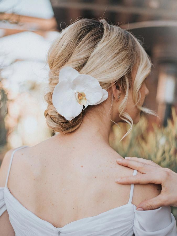 Tropical Real Feel Orchid Bridal Hair Flower Carley Bridal Hair Accessories By Hair Comes The Flowers In Hair Best Wedding Hairstyles Bridal Hair Flowers