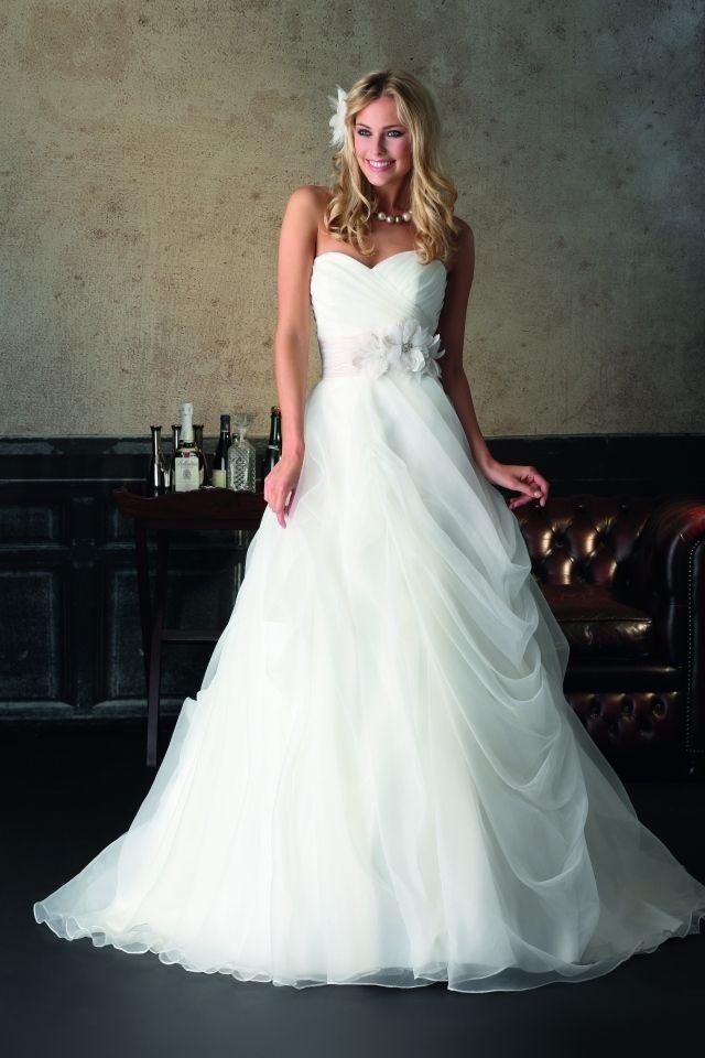 Al getrouwd, maar wat is er toch een hoop moois te koop : )