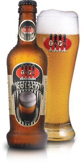 Berrak ve açık altın sarısı rengi olan bu ale, adını yüzyıllardır geleneksel içeceği olduğu Köln şehrinden alır. Kabarcıklı, hafif ve gevrek gövdelidir. Tettnang şerbetçiotundan gelen acılığı, meyvemsi aroması ve buğday tadıyla buluşunca, Kölsch'ü yılın her zamanı içilebilecek canlandırıcı bir biraya dönüştürür.     Alkol oranı : %4,2  Acılık : Orta  Maya : Alman Ale Mayası  Özel Şerbetçiotu : Tettnanger  Özel Malt : Buğday Maltı  #beer #bira