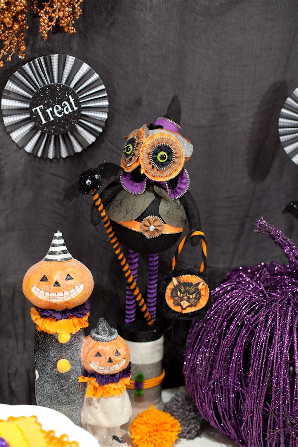 95 Best Happy Halloween Images On Pinterest Happy Halloween Halloween Decorations And