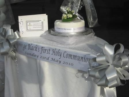 1000 ideas about first communion decorations on pinterest for Altar decoration for first holy communion