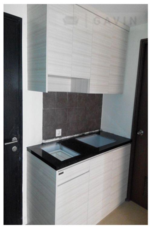 Kitchen Set Minimalis Dibuat Dengan Menggunakan Bahan Multiplek