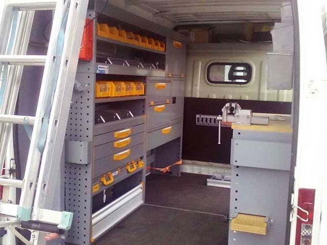 Cu o gamă extinsă de accesorii destinate furgonetelor, Store Van este una dintre cele mai prestigioase mărci de pe piaţa echipamentelor pentru vehicule comericiale ce respecta standardele şi normele de siguranţă în vigoare. http://www.storevan.ro/