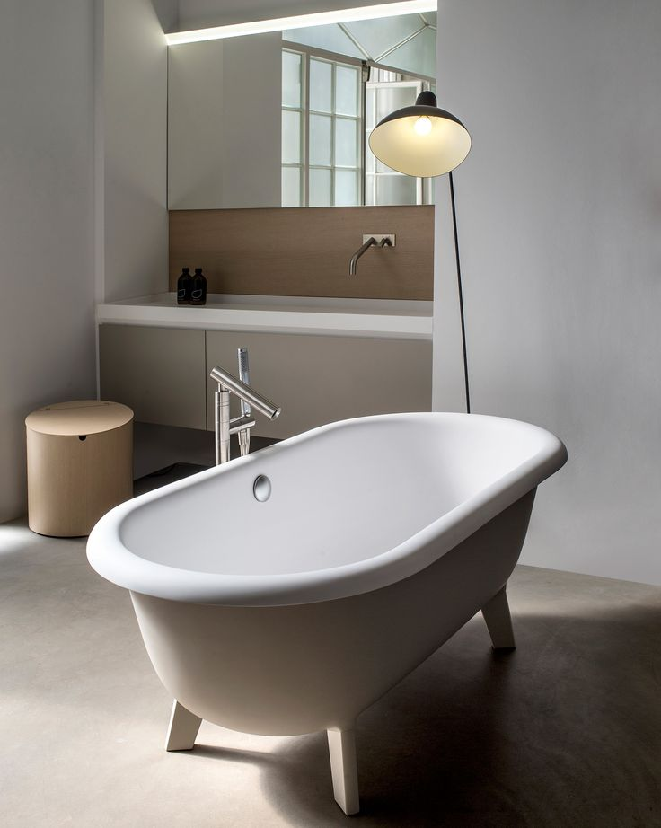 Oltre 25 fantastiche idee su bagni piccoli su pinterest - Misure vasche da bagno piccole ...