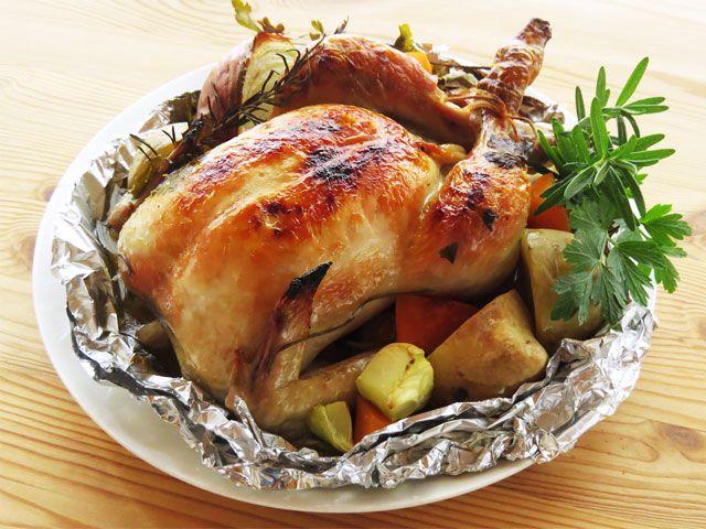 丸鶏のローストチキン/鶏の丸焼き