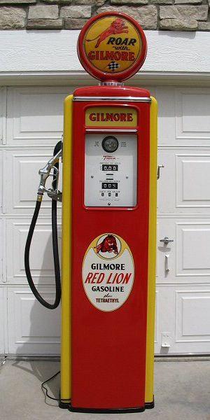 Gilmore Red Lion Vintage Gasoline Pump