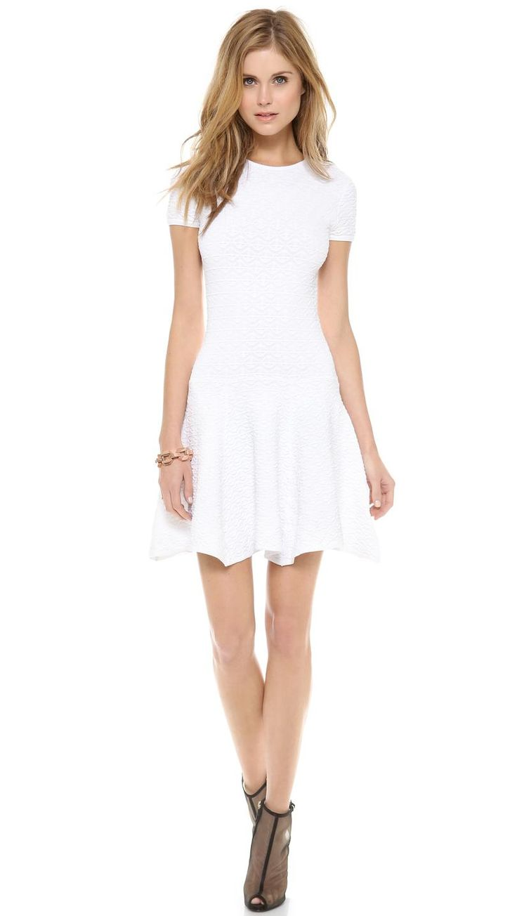 Vivienne Dress http://picvpic.com/women-dresses-day-dresses/1589130881-vivienne-dress?ref=QA8LwA