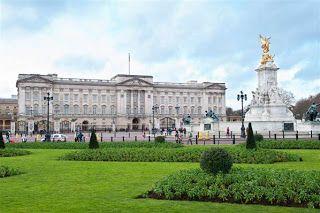 Cheria Travel - Begitu banyak tempat unik dan menarik di London Inggris , dengan paket tour ke london inggris anda bisa mengunjungi begitu banyak tempat menarik yang bisa anda kunjungi. Dari sekian banyak tempat unik dan menarik , berikut kami berikan beberapa tempat yang bisa jadi bahan referensi anda.
