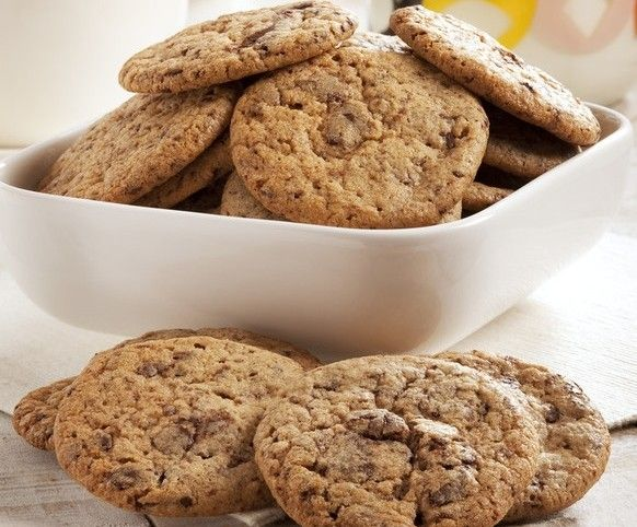 Galletas con pepitas de chocolate (Chocolate Chip Cookies) by Thermomix Vorwerk on www.recetario.es