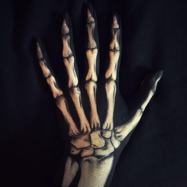 фото тату кости руки казахский персонаж