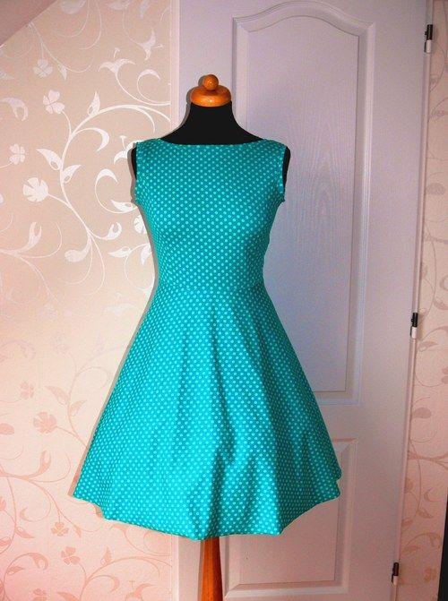 Modrozelené šaty ala 50.léta