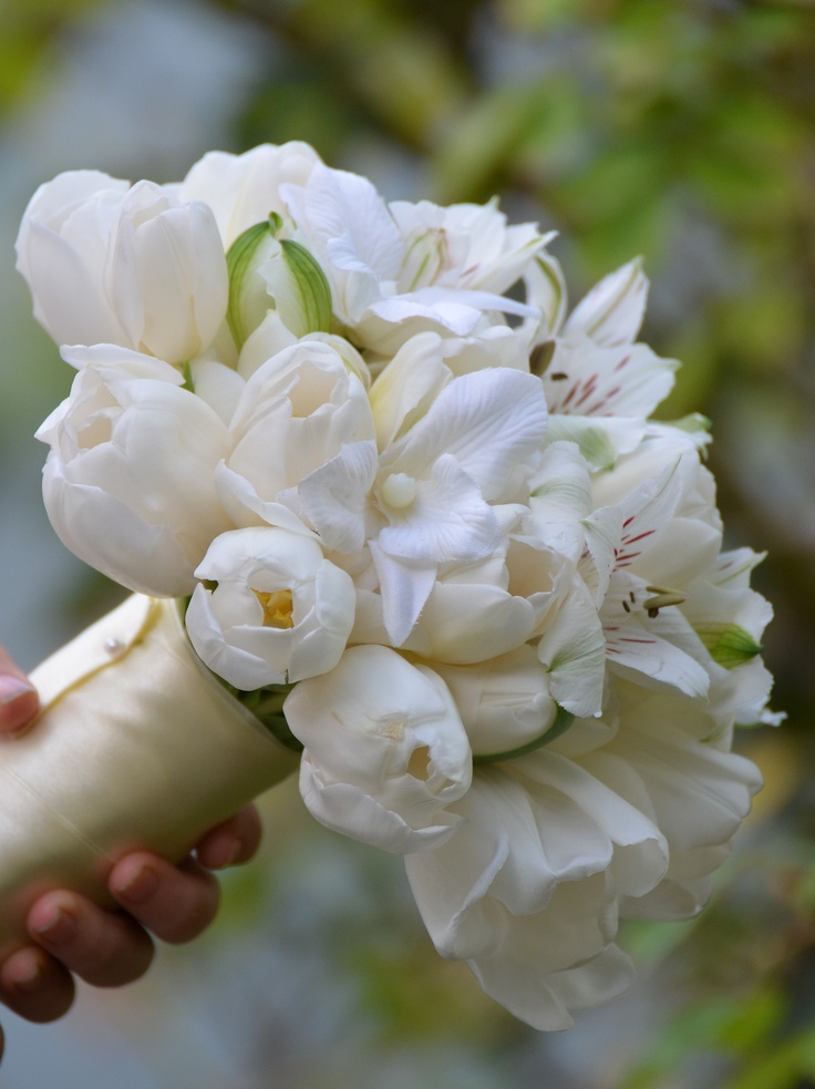 13 best images about bouquet chic white shades on for Bouquet chic