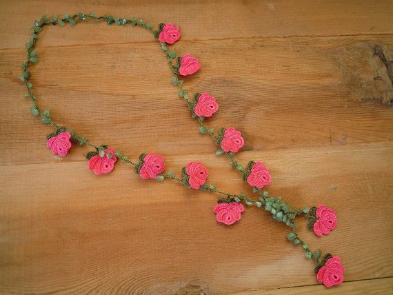 pink rose necklace crochet green by PashaBodrum on Etsy, $26.00