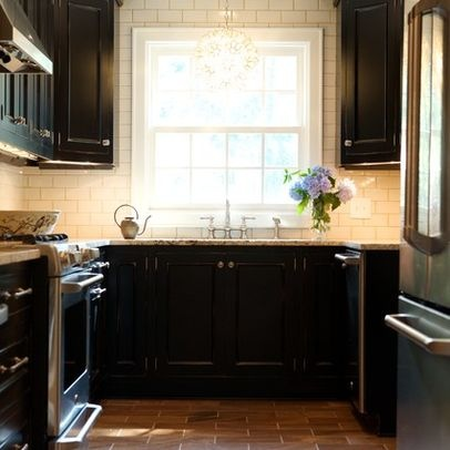 118 best brown and bold kitchens images on pinterest for Black and cream kitchen ideas