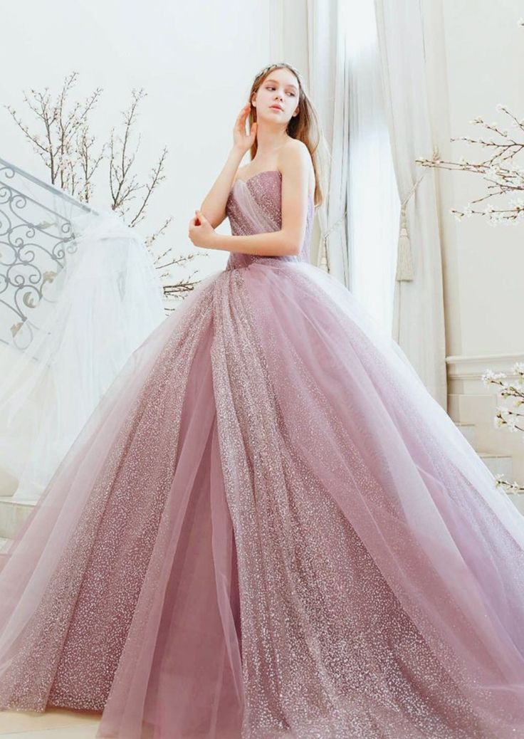 15 Calming Colored Gowns to Soothe Your Soul and Reduce