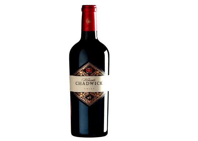 Vinedo Chadwick Vinedo Chadwick với màu tím hồng ngọc đỏ sâu sắc với một...