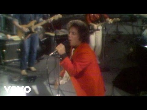 Billy Joel - It's Still Rock and Roll to Me - YouTube