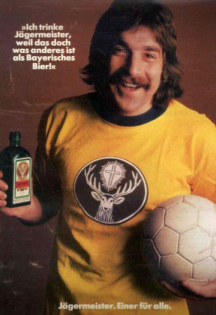 Ich trinke Jägermeister, weil... | Advertising, Guerilla ...