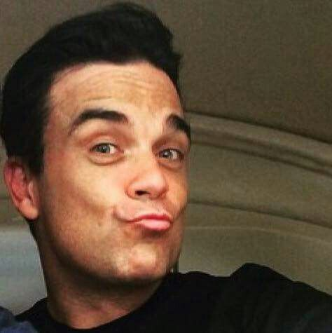 Robbie's duck face