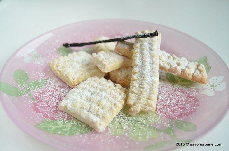 Biscuiti spritati de casa cu unt si vanilie Savori Urbane (1)