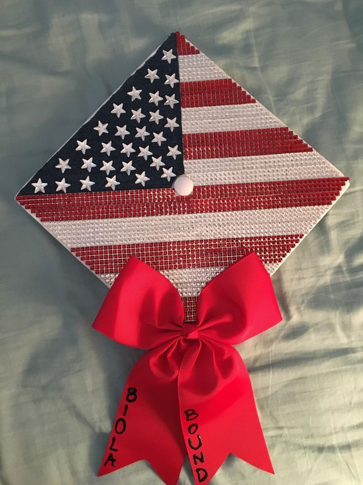 American Flag Graduation Cap I made for my sister! Perfect for anyone who loves sparkles, america or country music … looked super cute with their bo...