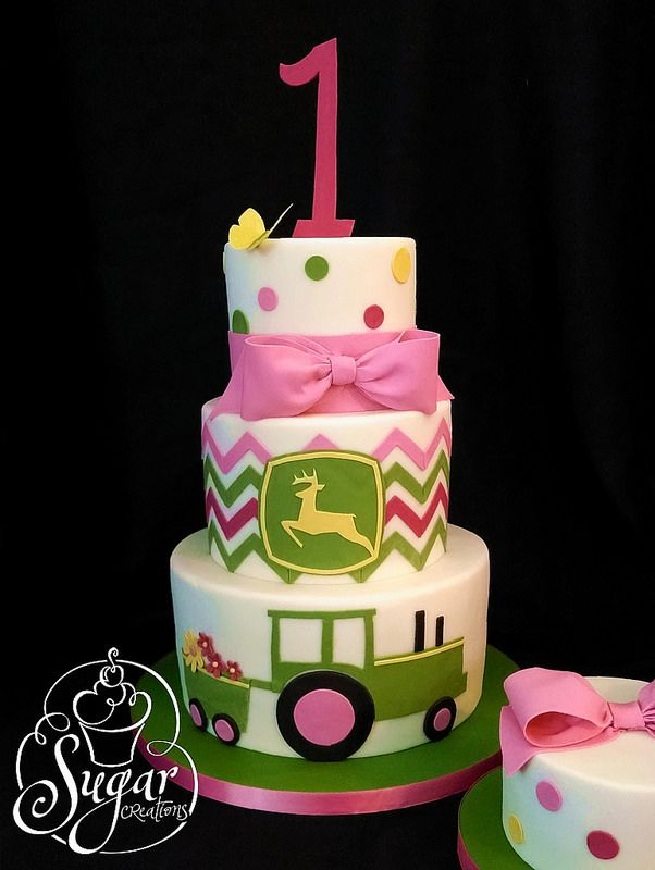 Heidi's John Deere cake